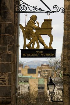 The Writer's Museum, Royal Mile, Edinburgh, Scotland., built in 1622 the museum presents the lives of three of the foremost Scottish writers, Robbie Burns, Walter Scott and Robert Louis Stevenson