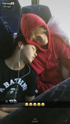 Their Bromance is adorable! Tumblr Gay, Landon Barker, Baby Joey, Portrait Photography Men, Cute White Boys, Magcon Boys, Gay Couple, Hot Boys, Bestfriends