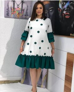 Voel je slim in de mos . Short African Dresses, Latest African Fashion Dresses, African Print Dresses, African Print Fashion, African Print Dress Designs, African Design, Short Dresses, Peplum Dresses, Bandage Dresses