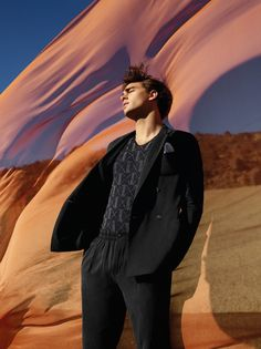 Giorgio Armani studies the dialogue between man and nature with its spring-summer 2020 campaign. Viviane Sassen photographs the advertisement… Giorgio Armani, Emporio Armani, Men Photography, Editorial Photography, Armani Models, Viviane Sassen, Campaign Fashion, Fashion Photography Inspiration, Img Models