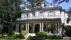 10 Audubon Place Home Of The Grand Dame Dorothy J