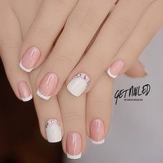 french nails for wedding Messy Buns Fancy Nails, Love Nails, Pretty Nails, My Nails, French Nail Art, French Tip Nails, Bridal Nails, Wedding Nails, Wedding Rings