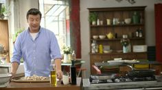 Jamie Oliver Money Saving Meals--my new favorite show!