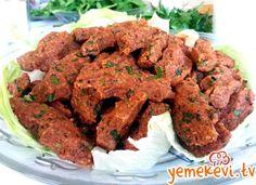 Etli çiğ köfte tarifi #çiğköfte #turkishcuisine  www.yemekevi.tv www.facebook.com/YemekeviTV www.twitter.com/yemekevitv www.instagram.com/fatosunyemekevi