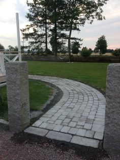 Stengång Pathway Ideas, Pathways, Sidewalk, Building, Gardens, Stone Walls, Rocks, Pavement, Paths