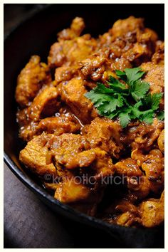 No-butter Chicken by the Kayotic Kitchen as part of the Friday Five - Indian addition - Feed Your Soul Too