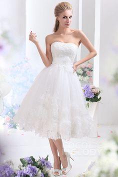 Dreamy A-Line Strapless Tea Length Tulle Wedding Dress CWLA13003