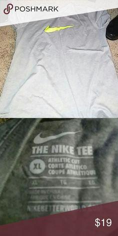 Nike t-shirt Grey and neon green Nike Tops Tees - Short Sleeve