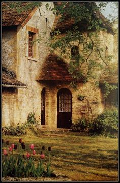 """I believe I am home....The peaceful village of Saint-Leon-sur-Vézère is located in the part of the Dordogne known as the Périgord Blanc. Dordogne is itself a department of the region of southwest France known as Aquitaine. Handsome medieval houses like this one dot the landscape.""  Thank you Hanna Nemeth!"