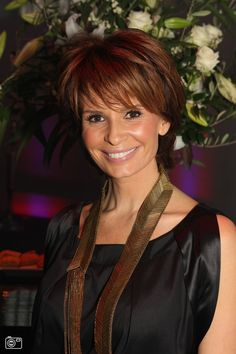 Leontine Borsato Ruiters Classic Beauty, Hair Cuts, Hair Color, Beautiful Women, Lady, 50th, Google, Hairstyles, Blog