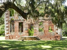 Old Brick House Ruins - Edisto Island, SC - built in 1725 and on the National Register of Historic Places @KathyElizabeth I know you can appreciate this one