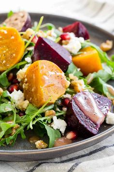 Roasted beet salad with goat cheese topped with a sweet and tangy pomegranate dressing. Walnuts add a nice crunch to each healthy bite! Pickled Beet Salad, Roasted Beet Salad, Beet And Goat Cheese, Goat Cheese Salad, Cooking Recipes, Healthy Recipes, Healthy Foods, Yummy Recipes, Recipies