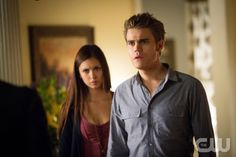 "The Vampire Diaries -- ""The Killer"" -- Pictured (L-R): Nina Dobrev as Elena and Paul Wesley as Stefan"" Image Number: VD405b_0568.jpg"" Photo Credit: Bob Mahoney/The CW -- © 2012 The CW Network, LLC. All rights reserved."