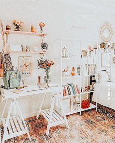 𝚎𝚍𝚒𝚝𝚎𝚍 𝚋𝚢 𝚕𝚎𝚡𝚒𝚒𝚒𝚕𝚊𝚢𝚗𝚎 ✰ – Dorm Room İdeas 2020 Cute Bedroom Decor, Room Ideas Bedroom, Small Room Bedroom, Bedroom Inspo, Bed Room, Cute Room Ideas, Girl Bedroom Designs, Aesthetic Room Decor, Aesthetic Bedrooms