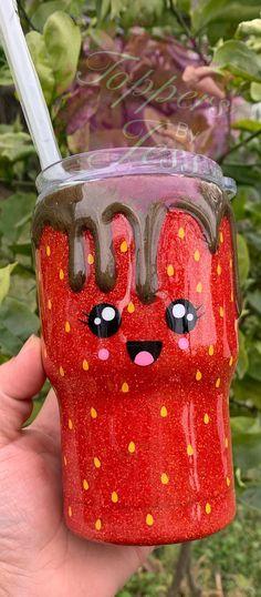 Kids Tumbler, Tumbler Cups, Tumbler Stuff, Diy Tumblers, Custom Tumblers, Glitter Tumblers, Diy Crafts Phone Cases, Chocolate Dipped Strawberries, Custom Cups