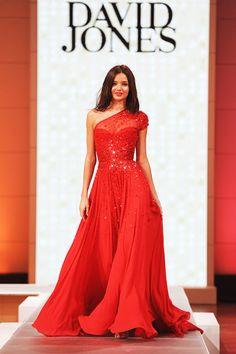 Miranda Kerr..... This dress>>>>>