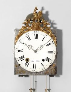 Coq, Comtoise clock France, 1800. To iron housing with