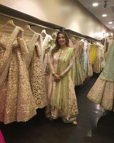 gota pati work on long sleeve kurta &plazzo set in light pink with net dupatta green Pakistani Wedding Outfits, Bridal Outfits, Pakistani Dresses, Indian Dresses, Indian Outfits, Party Outfits, Wedding Gowns, Asian Fashion, Look Fashion