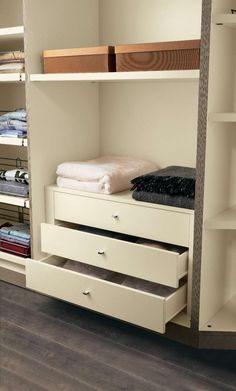 Accessori Cabina Armadio Mondo Convenienza.9 Best Closet Images Walk In Wardrobe Wardrobe Design Closet