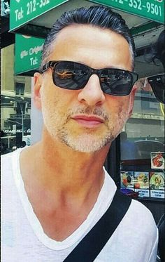 Finally!!! God...this pic just made my day! So happy to see him ❤....and looking so gooorgeous. Thanks to @tomernewyork on IG for this wonderful pic! Dave Gahan, New York 30.07.2015.