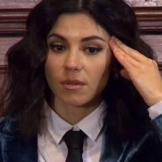 Fact Marina and the Diamonds NO es una banda. Marina And The Diamonds, Lambrini, Fear Of Love, Im A Loser, Chuck Blair, Memes, Family Jewels, Queen Of Hearts, Reaction Pictures