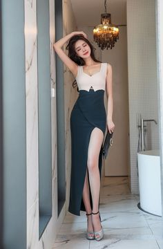 Classy Dress, Classy Outfits, Chic Outfits, Girl Outfits, Girls Fashion Clothes, Teen Fashion Outfits, Fashion Dresses, Stylish Dresses, Elegant Dresses