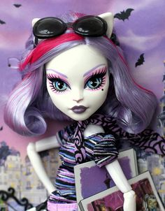 Monster High Scaris 2013 Catrine DeMew by fashiondollcollector, via Flickr
