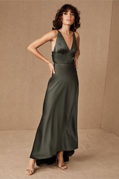 Monique Lhuillier Bridesmaids Maribelle Dress In Forest - Size: 18 - at BHLDN Olive Green Bridesmaid Dresses, Olive Green Dresses, Wedding Bridesmaid Dresses, Monique Lhuillier Bridesmaids, Vogue, Bhldn, Satin Dresses, 50s Dresses, Casual Dresses