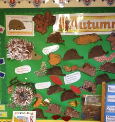 A super Autumn classroom display photo contribution. Great ideas for your classroom! Autumn Display Classroom, Autumn Display Eyfs, Autumn Display Boards, Display Boards For School, Classroom Displays, Preschool Displays, Autumn Displays, Eyfs Classroom, Classroom Walls