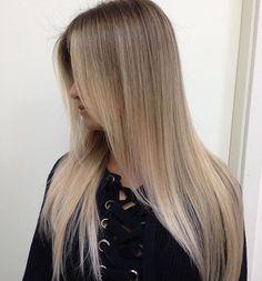 VGSTYLE blonde Ombre Professional color work @vgcolorist Работа двух колористов , в 4 руки #vg color by @shev1977 @georgy_sokolov #допосле #ombrehair #omghairmakeup #sombre #shatush #stylevideo #slave2beauty #styleartists #hair #hairpost #hairvidz#beforeafter #ШАТУШ #бронд #ОМБРЕ #блонд #растяжкацвета #блонди #затемнениекорней #брондирование #балаяж #балаяжмосква #обучениеомбре #окрашиваниеволос #омбремосква #сомбре #сомбремосква#niophlex #lovemoroccanoil @boysofbalayage @st...
