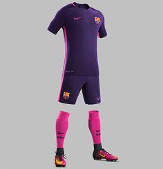 d6a3e0533 Barcelona divulgou seu segundo uniforme para a temporada 2016 17  Equipamento De Futebol