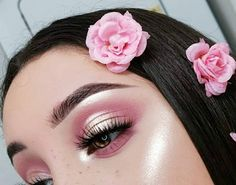 Curso de Maquiagem Online – O maior treinamento do Brasil com 31 horas – Online Makeup Course – The biggest training in Brazil with 31 hours – # hours Pink Makeup, Cute Makeup, Gorgeous Makeup, Pretty Makeup, Beauty Makeup, Hair Makeup, Makeup Set, Glam Makeup, Bridal Makeup