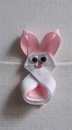 Bunny ribbon sculpture clippie