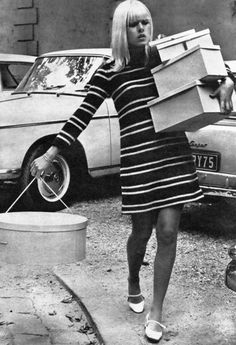 Hat boxes are so cool! 60s fashion.