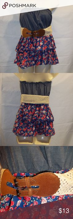 I just added this listing on Poshmark: Bongo Junior's Tube Top Belt Floral Ruffles Size L  #shopmycloset #poshmark #fashion #shopping #style #forsale #BONGO #Tops #tubetop #floral #ruffles #juniors #clothing #clothes #apparel #juniorsfashion #juniorswear #poshmarkapp #poshmarkcloset #poshmarkseller