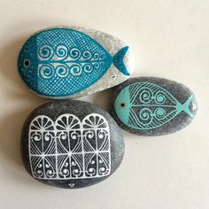 #paintedstones #piedraspintadas #sassidipinti #handpainted #ink #schmincke…