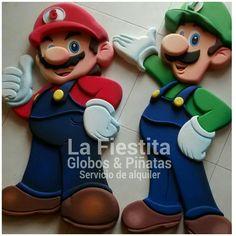 Mario y Luigi Luigi, Diy Pallet Projects, Sculpting, Geek Stuff, Country, Party, Crafts, Ideas, Totem Poles