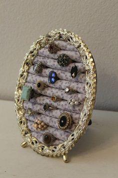 Stehender Ringhalter Metall Stehender Ring Organizer Schmuck - diy jewelry To Sell Ideen Diy Jewelry Organizer Tray, Diy Jewelry Holder, Jewellery Storage, Jewellery Display, Jewelry Box, Jewelery, Jewelry Making, Earring Holders, Vintage Jewelry