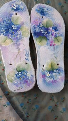Flip Flop Sandals, Flip Flops, Brush Strokes, Biscuit, Decoupage, Slippers, Hair Beauty, Textiles, Pattern