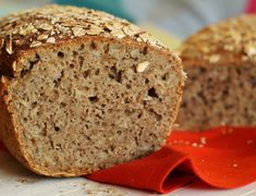 Sourdough Bread, Banana Bread, Food And Drink, Cooking Recipes, Fitness, Kitchen, Bread Baking, Yeast Bread, Cooking