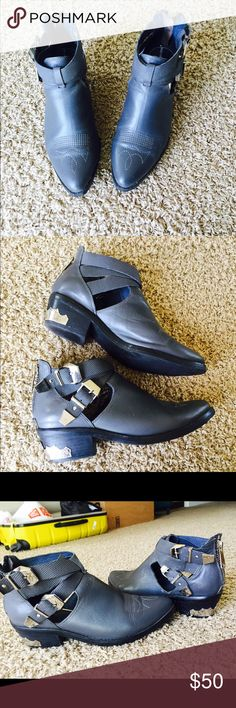 Miaoli shoes In good condition Shoes Ankle Boots & Booties