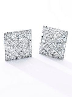 van cleef and arpels Diamond Brooch, Art Deco Diamond, Diamond Jewelry, Diamond Studs, Diamond Earrings, Art Deco Jewelry, Vintage Jewelry, Fine Jewelry, Van Cleef And Arpels Jewelry
