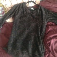 Wet seal loose knit sweater Worn about twice Wet Seal Sweaters