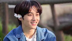 Nct Winwin, Win My Heart, Twitter Layouts, Jisung Nct, Na Jaemin, Taeyong, Jaehyun, Pop Group, Nct Dream
