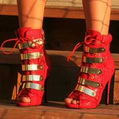Nelly Bernal Gold Band Booties