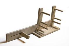 how to build an inkle loom @ Makezine.com