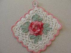 Vintage Pink Kitchen Lovely Rose Crocheted Trivet Pot Holder Shabby | eBay