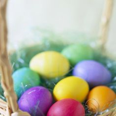The Ultimate Easter Resource Linky with tons of great ideas for your Easter celebration. PLUS a HUGE list of Easter basket ideas for all ages! Filled Easter Baskets, Easter Gift Baskets, Basket Gift, Plastic Easter Eggs, Easter Egg Dye, Easter Bunny, Easter Quotes, Easter Parade, Easter Activities