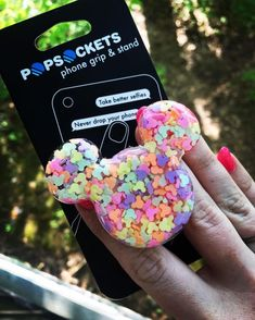 Oh Mickey you so fine, you so fine you blow my mind! Hand crafted and attached to authentic PopSocket holder! Disney Pop, Cute Disney, Disney Stuff, Iphone Cases Disney, Iphone Phone Cases, Iphone Case Covers, Cute Popsockets, Taking Good Selfies, Popsockets Phones