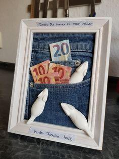 Geldgeschenk zur Jugendweihe Frame, Gifts, Bricolage, Presents For Guys, Stocking Stuffers, Picture Frame, Presents, Frames, Gifs
